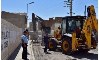 Ceylanpınar'da Gazi Caddesi Sıcak Asfalta Kavuşuyor