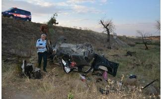 Siverek'te otomobil devrildi: 1 ölü, 5 yaralı