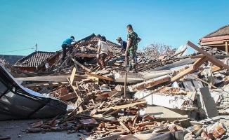 Deprem 20 bin kişiyi yerinden etti