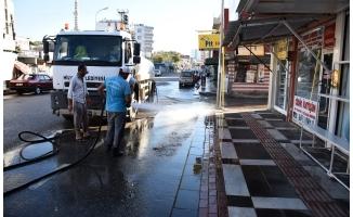 Hilvan'da Yol Yıkama Ve Temizleme Çalışması