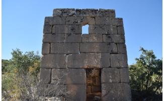 Roma dönemine ait askeri gözetleme kulesi bulundu