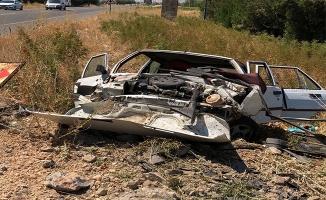 Suruç'da otomobil istinat duvarına çarptı: 6 yaralı