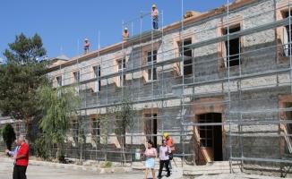 Asırlık merdanesini Kent Müzesi'ne bağışladı