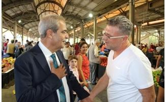 Demirkol, semt pazarında vatandaşlarla buluştu