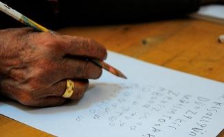 Okuryazarlık seferberliğine Urfa'da yoğun ilgi