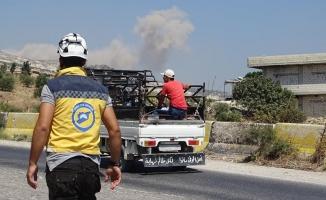 İdlib ve Hama'ya hava saldırıları sürüyor