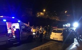 Manisa'da trafik kazası: 2'si çocuk 5 yaralı