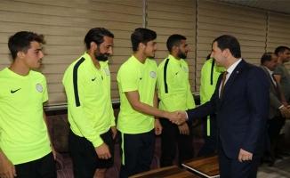 Başkan Baydilli'den Karaköprü Belediyespor'a Moral Ziyareti