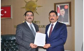 Başarılı Bürokrat Us, AK Parti'den aday adayı oldu!