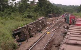 KDC'de tren raydan çıktı: 40 ölü