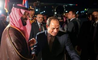 Muhalefetin tepkisine rağmen Veliaht Prens Bin Selman Mısır'da