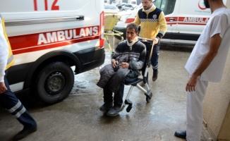Siverek'te kamyonet devrildi: 6 yaralı