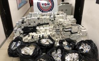 Mersin'de 21 bin 700 paket kaçak sigara ele geçirildi