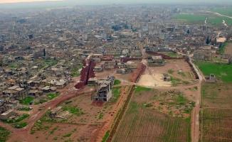 Suriye'de kazılan hendekler görüntülendi!