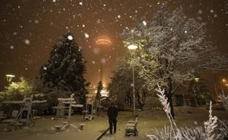 Yurtta kar yağışı etkili oluyor