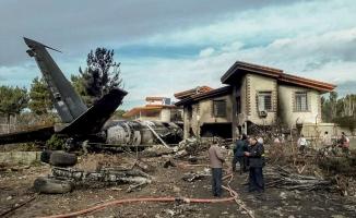 İran'da kargo uçağı düştü: 7 ölü