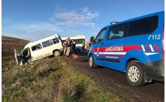 Suruç'ta feci kaza: 2 ölü 8 Yaralı