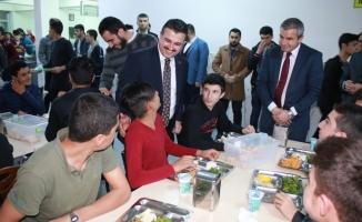 Başkan Yıldız öğrencilerle buluştu