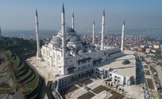 Çamlıca Camisi'nde ilk ezanın okunacağı tarih!