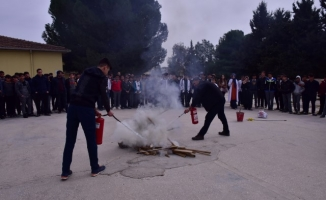 Ceylanpınar'da okulda yangın tatbikatı