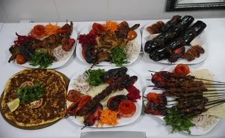 Mezopotamya yemekleri turistler için pişirilecek