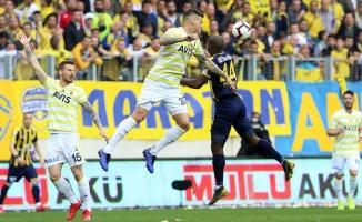 Fenerbahçe Ankara'dan 1 puanla ayrıldı