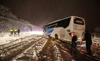 Malatya'da kar yağışı ulaşımı aksattı