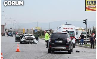 """Polisin """"dur"""" ihtarına uymadı, kaza yaptı: 6 yaralı"""