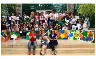 """Türk ve Suriyeli çocuklar Urfa'da """"üniversiteli"""" oldu"""