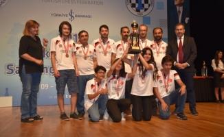 Ceylanpınar Belediyesi satranç takımı 2. ligde