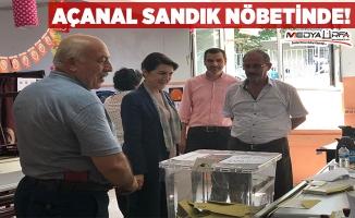 Açanal İstanbul'da sandık nöbetinde!