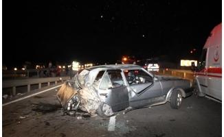 Samsun'da 2 otomobil çarpıştı: 1 ölü, 4 yaralı