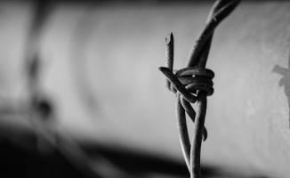 Suriye'de 142 bin sivil işkenceden öldürüldü