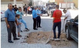 Belediye tahrik etti, panolar tahrip edildi