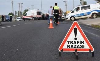 Siverek'te otomobil dereye devrildi: 3 yaralı