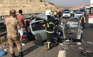 Urfa-Antep otoyolunda kaza: 2 ölü