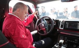 Erdoğan yerli pikap aracı kullandı