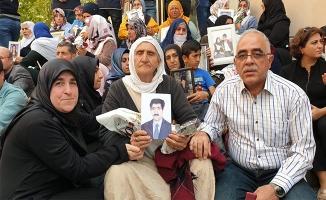 Urfa'dan Diyarbakırlı ailelere destek ziyareti
