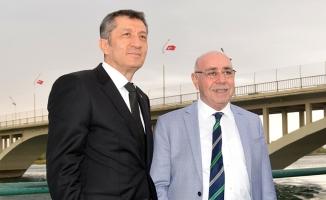 Bakan Selçuk, Başkan Mirkelam'ı ziyaret etti