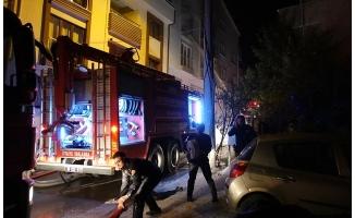 Bursa'da ağabeyine kızıp apartmanı yaktı