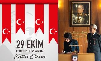 Gülender Açanal 29 Ekim'i kutladı