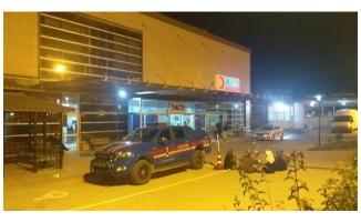 Halfeti'de otomobil ata çarptı: 1 ölü, 3 yaralı