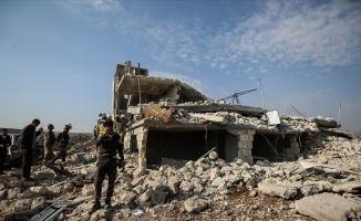 İdlib'de 5 sivil öldü