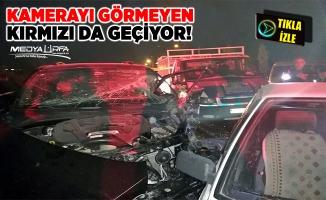 Suriyeli sürücü, kırmızıda bekleyen araçları biçti