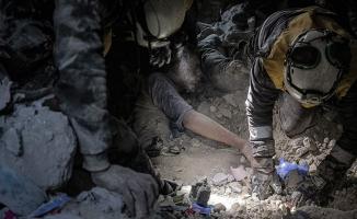 Esed rejimi İdlib'de sivilleri vurdu: 12 ölü