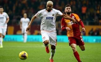 Galatasaray: 1 Alanyaspor: 0