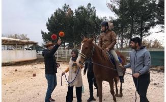 HRÜ'de Atlı Terapi Eğitimi