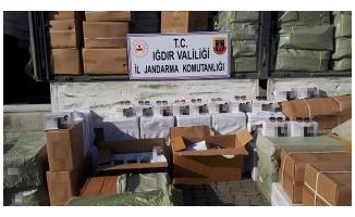 Iğdır'da 183 bin 300 kaçak gözlük ele geçirildi