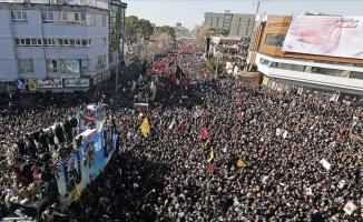 Süleymani'nin cenazesinde izdiham: 35 ölü, 48 yaralı