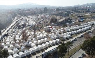 Türkiye, deprem sonrası yardım için zamanla yarıştı